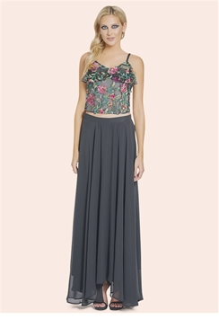Sistagam Floral Embroidered Honor Top