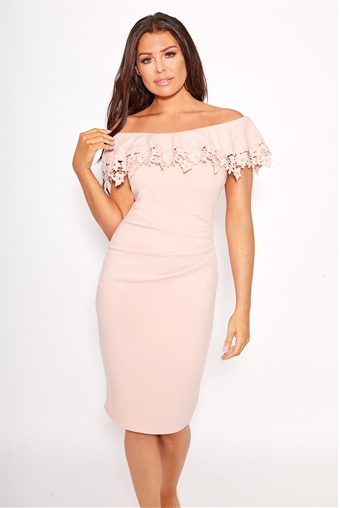 Sistaglam Loves Jessica Wright Dixey Pink Nude Lace
