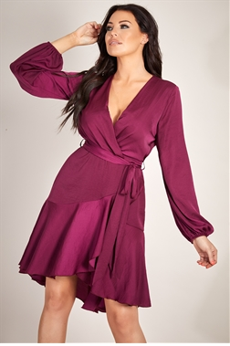 Jessica Wright loves Sistaglam Petta berry/wine wrap midi dress with tie belt