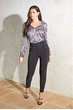 Jessica Wright Saucy black tailored fitted trousers with tie detail