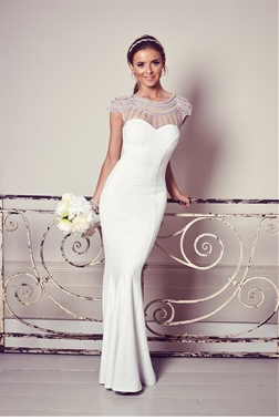 Sistaglam White Jewelled Neckline Bodycon Kadia Wedding Dress