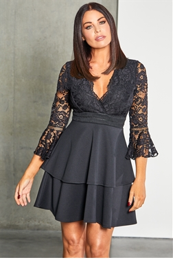Sistaglam loves Jessica Wright Novanne black 2 in 1 lace skater dress with tiered skirt
