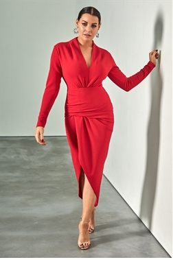 Sistaglam loves Jessica Wright Ambey red deep v neck midi wrap dress