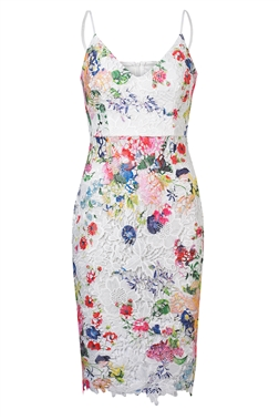 Sistaglam Loves Jessica Wright Renae Printed Crotchet Lace Dress
