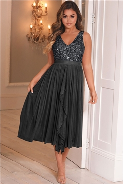 SISTAGLAM CHARCOAL MELODY SEQUIN DETAILED V NECK TOP TIERED DRESS