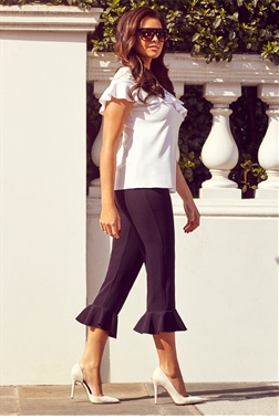 Jessica Wright Theresa Black Frill Cropped Trousers