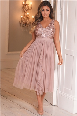 SISTAGLAM ROSE GOLD MELODY PETITE SEQUIN DETAILED V NECK TOP TIERED DRESS